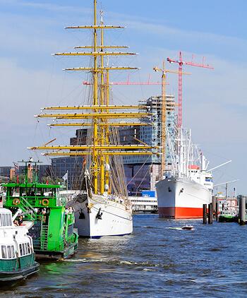 Hafencity Hamburg - Hafen - auch hier malt Maler Boller