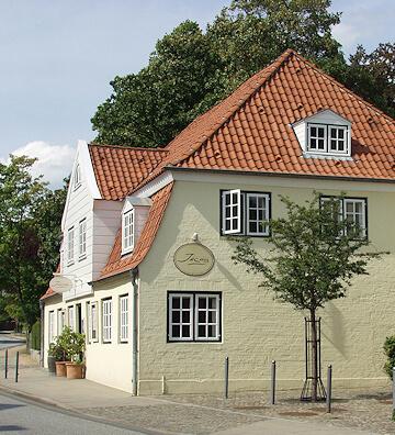 Renovierungsarbeiten und Malerarbeiten für Nienstedten