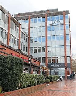 Hamburg Poppenbüttel - Einkaufszentrum - nahe dem Firmensitz von Maler Boller
