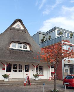 Hamburg Rissen - Reetdachhaus